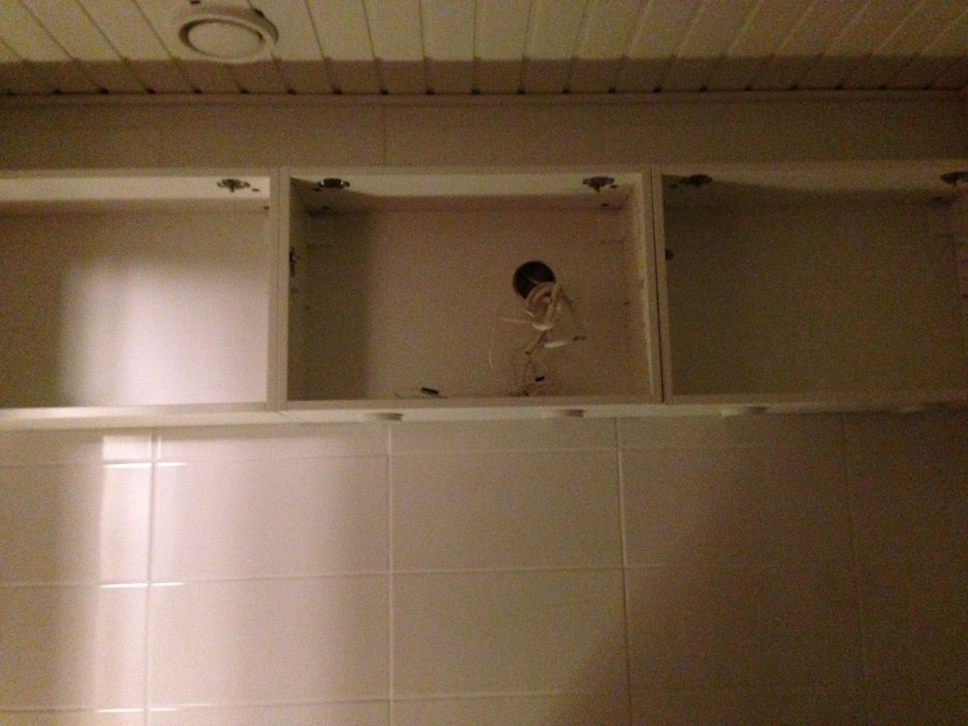 Kylpyhuoneen kalustesuunnitelma ja toteutus – Visuilulla